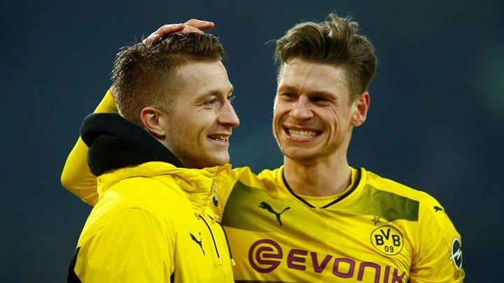 Dortmund díky Reusovi vyhrál v Mönchengladbachu 1:0 a je druhý