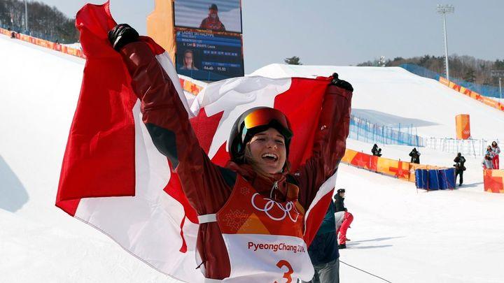 Lyžařkám v U-rampě na olympiádě suverénně vládla Kanaďanka Sharpeová