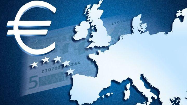 Euro sestoupilo z maxima kvůli výrokům šéfa Evropské banky