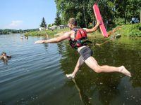 Obrazem: Ve svém volnu pomáhají statisícům Čechů a ještě za to platí. (Ne)ohrožení vodní záchranáři