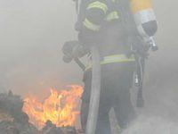 Němečtí dobrovolní hasiči neměli co hasit, sami proto začali zapalovat auta