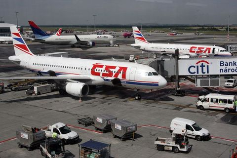 Strike in Czech Airlines halts 50 percent of flights