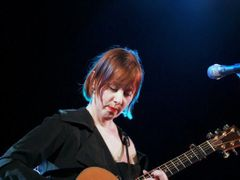 Suzanne Vega played Tom's Diner as requested by Václav Havel