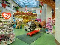 Obří hračkářství v Praze otevírá. Hodně věcí ještě Češi neviděli, říká obchodník
