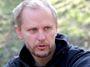 Squater Arnošt Novák: Se státem máme ďábelskou smlouvu