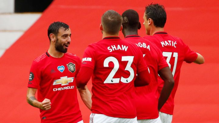 Dvě penalty, sedm gólů a video v permanenci. United zažili bláznivý vítězný zápas