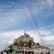 Proslulé ostrovní opatství Mont-Saint-Michel ve Francii museli evakuovat. Muž vyhrožoval policii