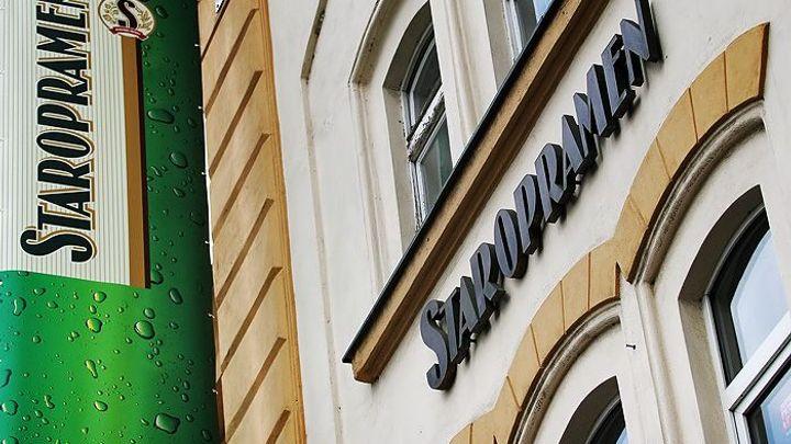 Pivovary Staropramen mírně zvýšily prodej, pomohl i plech