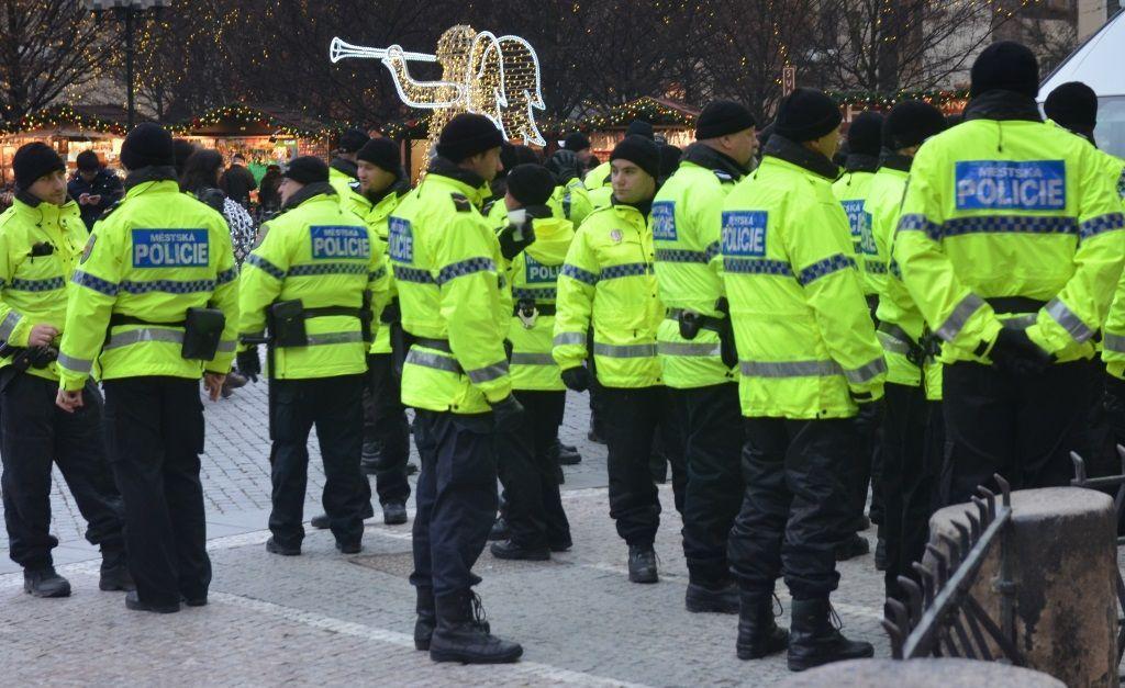 Výsledek obrázku pro Policie na Vánoce v Praze