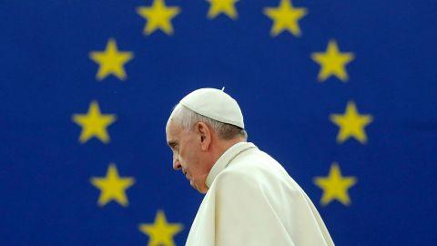 Evropa v úterý kroužila okolo papeže.
