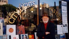 Lawrence Ferlinghetti, City Lights