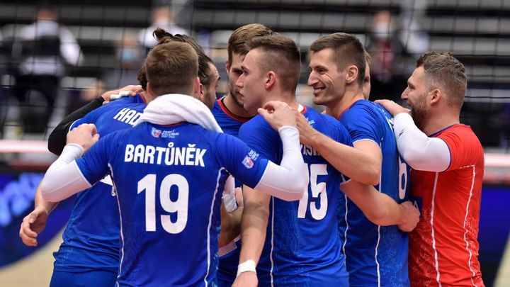Nečekaný triumf. Čeští volejbalisté smetli olympijské vítěze a jsou ve čtvrtfinále ME; Zdroj foto: ČTK