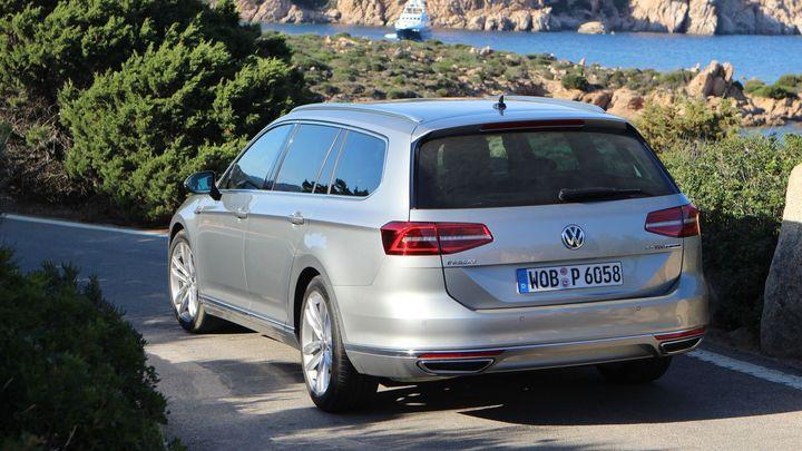 Manažerský sen v osmém vydání. Jak jezdí nový VW Passat?