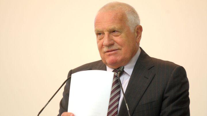 Příští guvernér ČNB musí umět hrát šachy, říká Klaus