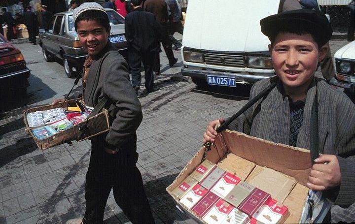 Ilustrace k článku: Čína chce, aby muslimové na východě země prodávali alkohol (Aktuálně.cz)