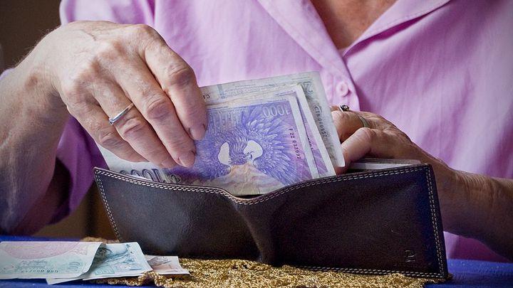 Do penze přesně v důchodovém věku? Pro většinu nevýhodné