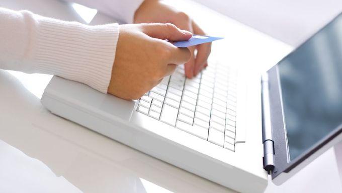 hlášení podvodů s internetem