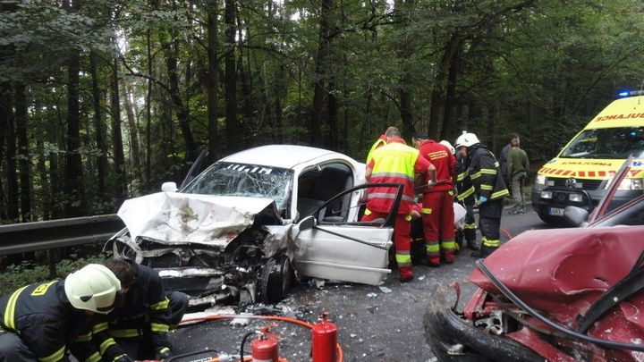 Řidiči příliš spoléhají na schopnosti aut, říká šéf BESIPu