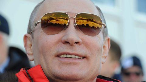 Vladimir Putin se odkopal, chladnokrevně zabírá Krym, na mezinárodní úmluvy kašle.