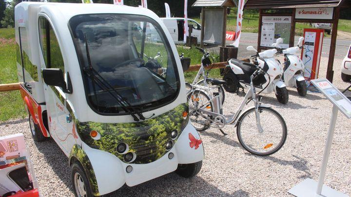 Projekt zcela čisté elektromobility začal fungovat na Šumavě