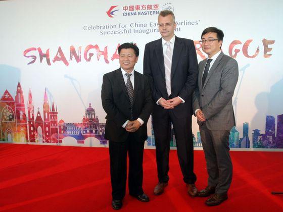 Další rušení letů do Číny. Spojení Prahy se Šanghají čeká od března omezení