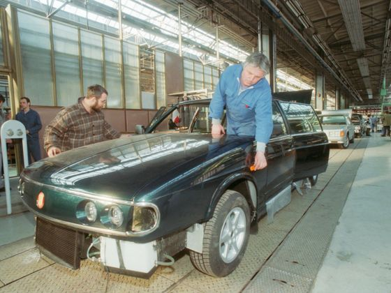 Poslední osobní Tatra má 25 let. Vznikla v rekordně krátkém čase, prodejně propadla