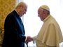 Zeman u papeže nechal propuknout své lepší já