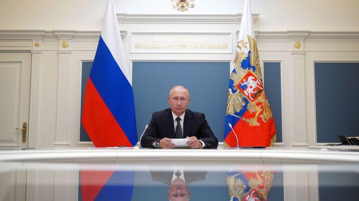 Velké hlasování vrcholí. Putin by mohl délkou vládnutí překonat sovětské vůdce