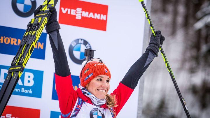Závod s hromadným startem ovládl opět Bö, Slovenka Fialková si doběhla pro bronz