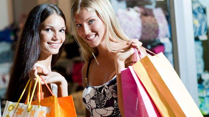 Kam na nákupy? Nejlevnější země světa podle nového žebříčku