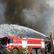 Hasiči nemají pod kontrolou požár mrazíren v Mochově. Chybí jim voda, hlásí zvláštní stupeň poplachu