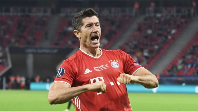 Soccer Football - European Super Cup - Bayern Munich v Sevilla - Puskas Arena, Budapest, Hungary - September 24, 2020. Bayern Munich's Robert Lewandowski celebrates scori