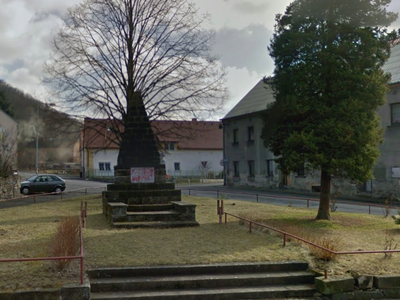 Rusko protestuje proti poničení památníku u Ústí. Vždyť jsme ho naopak opravili, diví se starostka