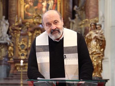 Promluva Tomáše Halíka na Zelený čtvrtek: Prázdné kostely vyzývají k jednotě