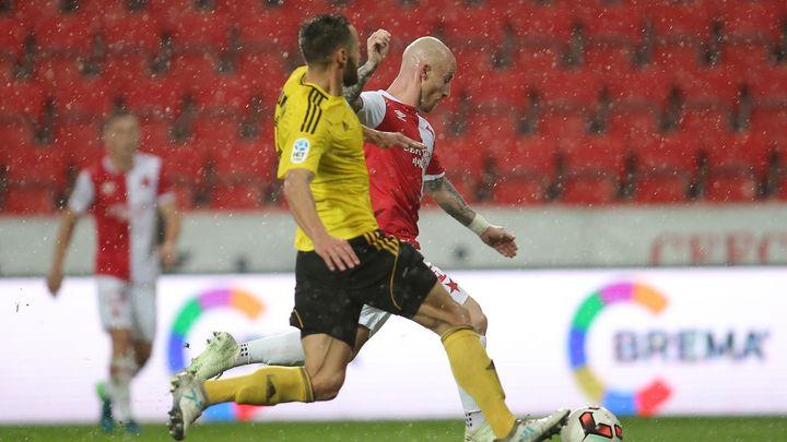 Slavia se proti Karviné nadřela, Stoch vystřelil obrat. Sešívaní už dotírají na Plzeň