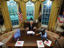 Miloš Zeman pořád čeká. Tyhle státníky už přijal americký prezident v Bílém domě