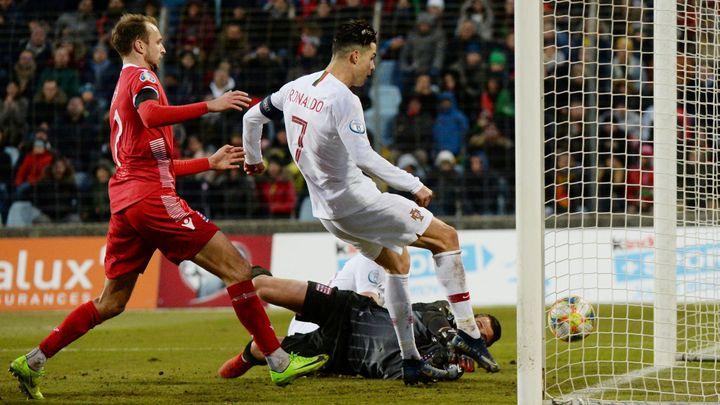 Portugalci si v Lucembursku zajistili postup. Ronaldo dal 99. gól v reprezentaci