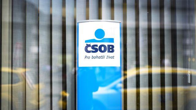 5ea08ac4b ČSOB nefunguje mobilní aplikace, klienti se dostanou k účtu jen přes počítač