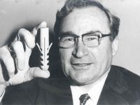 Zemřel vynálezce hmoždinky. Artur Fischer si za svůj život zaregistroval víc patentů než Edison