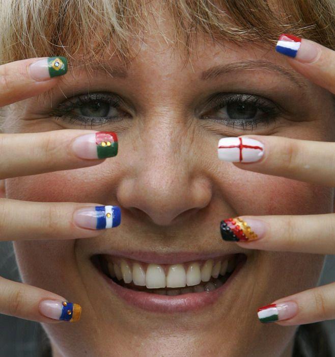 Греческий флаг ногтей