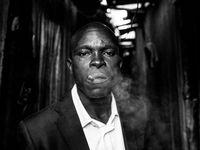 Keňa: od nádherné přírody po kruté zločinecké gangy. Fotky Davida Yarrowa