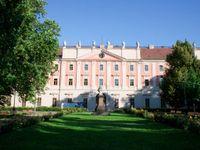 Jazairi: Invalidovna je jako Pražský hrad, chceme její prodej zastavit