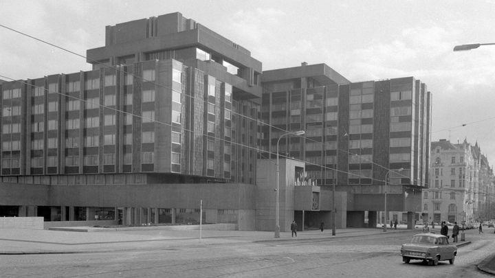 Nejošklivější architektura? Naopak, hotel InterContinental chtěl předvést české umění