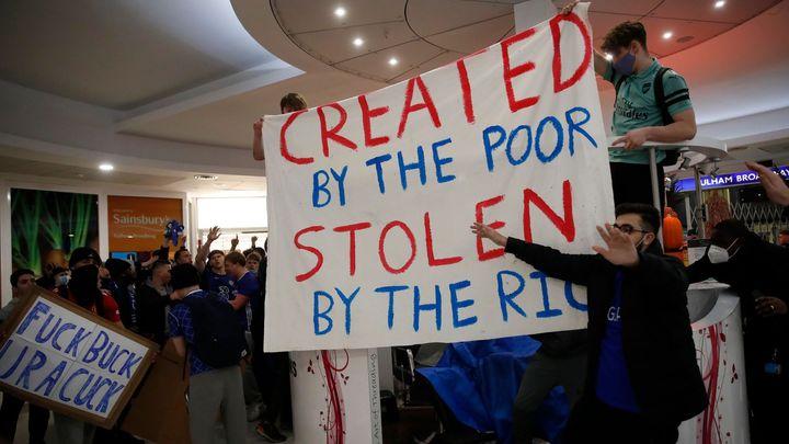 Bleskový konec superligy? Chelsea a City se ji chystají opustit, skončí i šéf United; Zdroj foto: Reuters