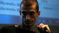 Petr Pavlenskij: Dělám politické umění, ne karikatury Putina