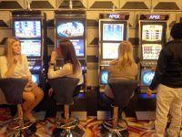 Nová finta hazardníků. Automaty patří neznámému Ukrajinci