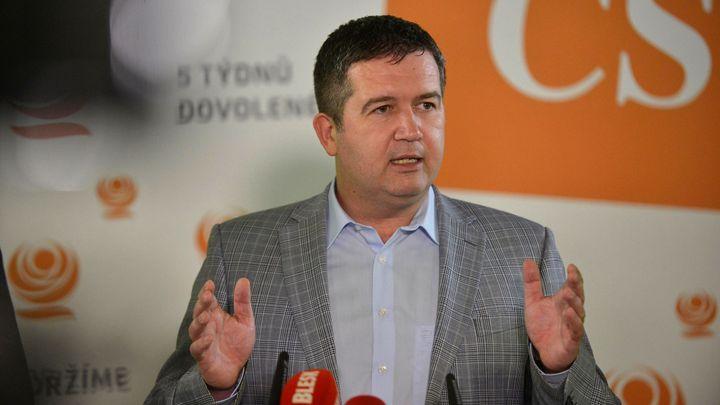 ČSSD v senátních volbách propadla. Čeká nás hodně práce, říká předseda Hamáček
