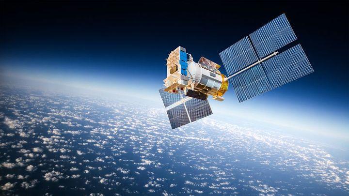 Ruský satelit připomíná matrjošku, může to být zbraň? Jeho chování znepokojuje americkou armádu
