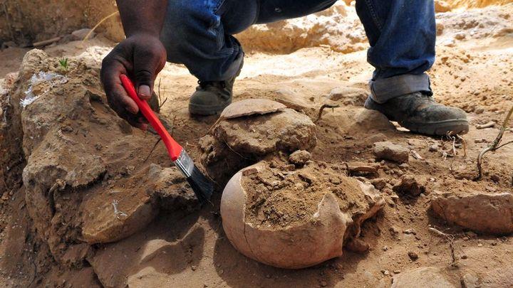 """Archeologové našli hrob desetiletého """"upíra"""". Římané se báli, že vstane z mrtvých"""