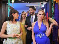 Trailer: Zoufalé ženy dělají podle Renče zoufalé věci. Třeba padají z kola nebo na stolek s jídlem